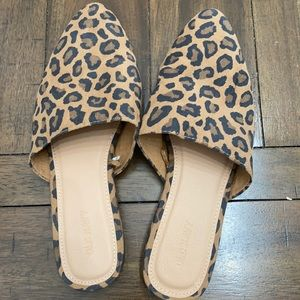 Old Navy Mules size 8 Leopard Print